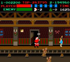Santa haut den Lebkuchenmann